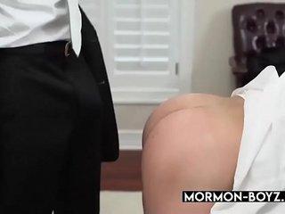 First Time Anal For Cute Naive Mormon Boy - MORMON-BOYZ.COM