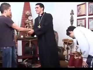 o padre [ priest trio boys ]
